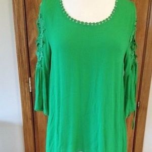 Umgee Green Top with Lace and Tie Detail Sleeves